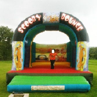 15 x 15ft Scooby Doo Bouncy Castle